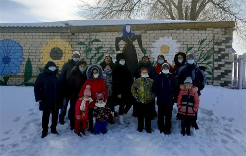 В Старой Медынке зиму проводили вместе с вокальной группой «Полюшко»
