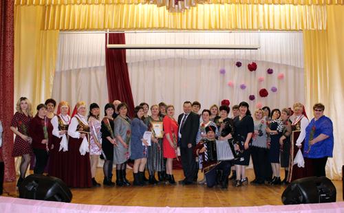 Работники Домов культуры Натальинского МО отметили свой профессиональный праздник