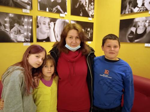 Ребята из многодетных семей поселка Новониколаевский побывали в сказке